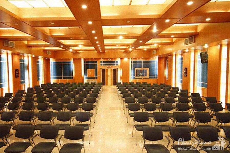 سالن اجتماعات هتل گسترش تبریز