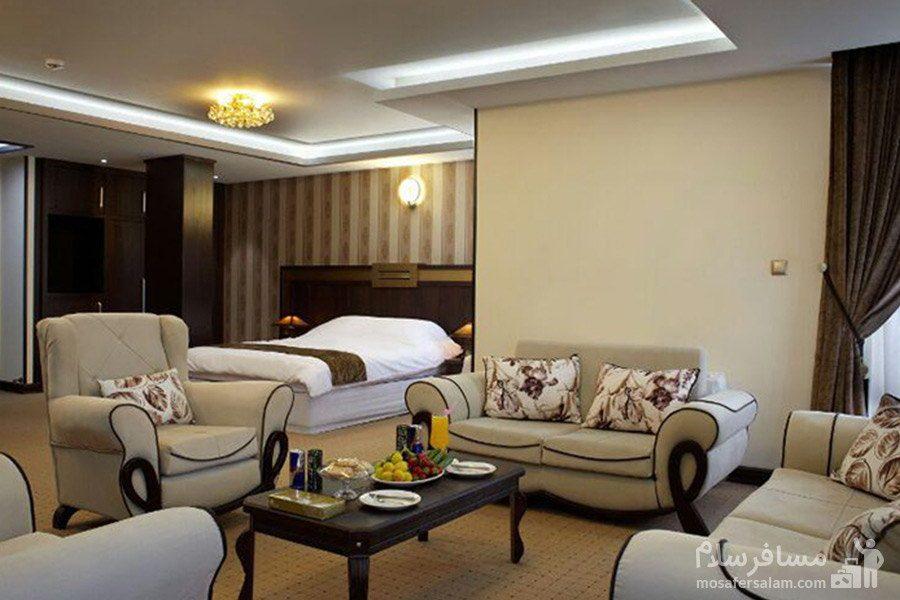 سوئیت دونفره هتل گسترش