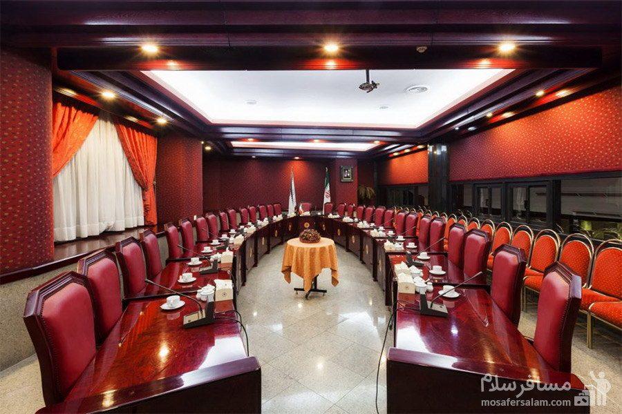 سالن همایشات هتل پارس تبریز