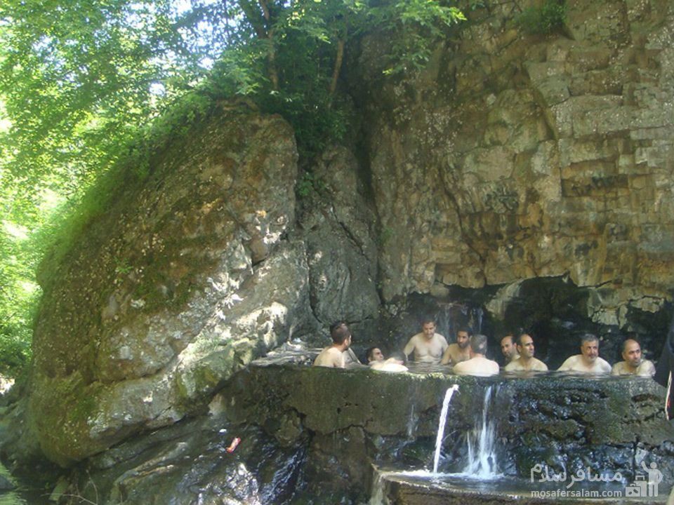 چشمه آب گرم علی داشی