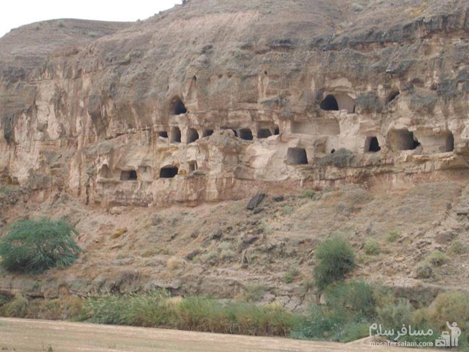 غار چهل خانه سعدآباد