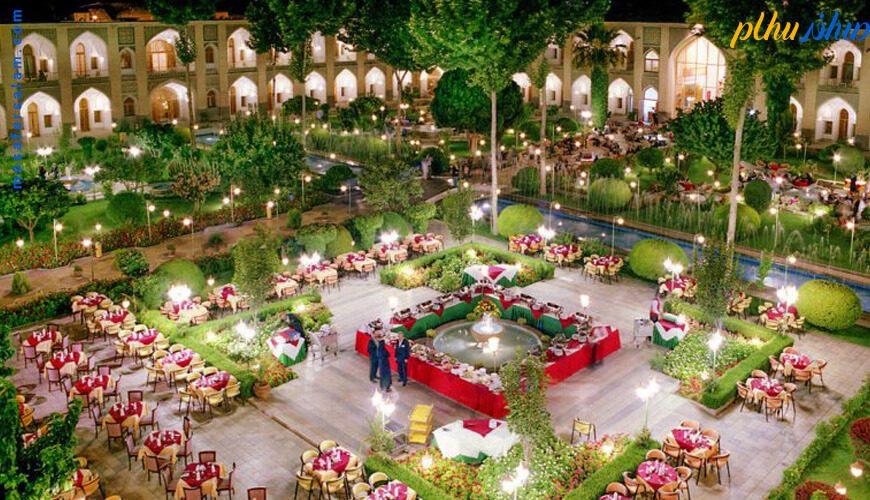 فضای باز هتل عباسی اصفهان