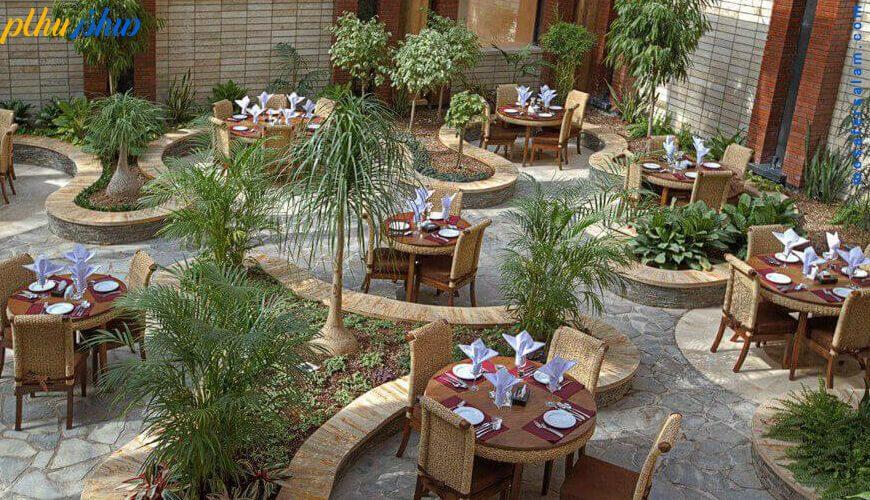 روف گاردن هتل درویشی مشهد