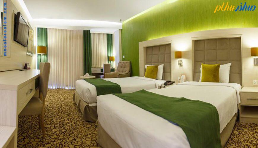 اتاق هتل انقلاب تهران