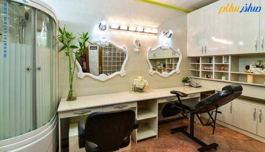 آرایشگاه هتل قصر مشهد