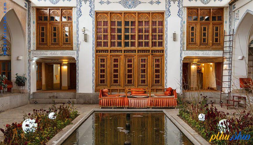 فضای باز هتل سنتی اصفهان