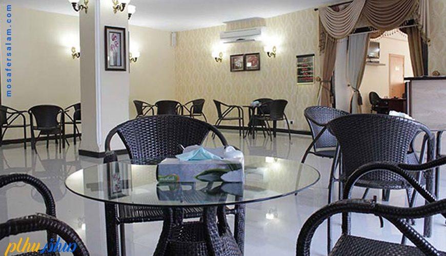 کافی شاپ هتل سورینت تاپ رز کیش
