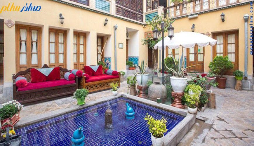 فضای باز هتل طلوع خورشید اصفهان