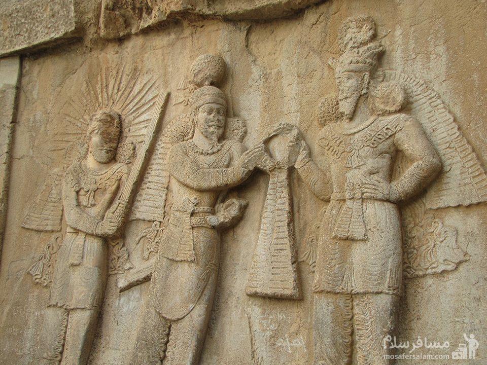نقش برجسته تاج گذاری اردشیر دوم-بیستون