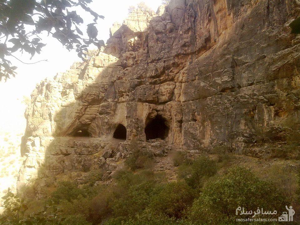 غار چهار در