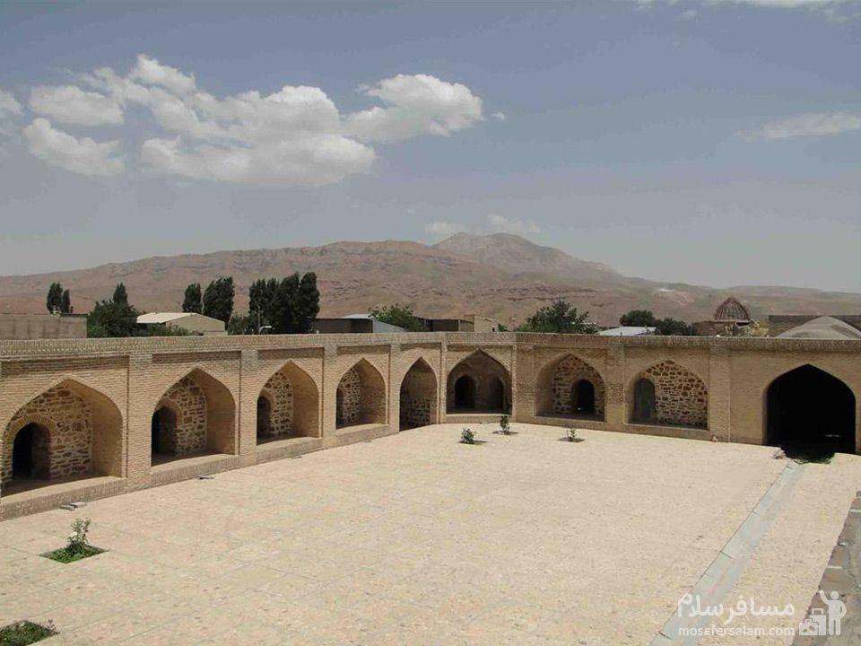 کاروانسرای شاه عباسی روستای ماهین