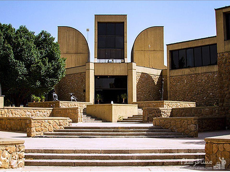 موزه هنرهای معصر