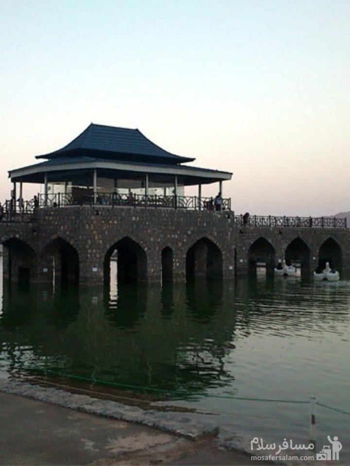 دریاچه مصنوعی پارک آبشار