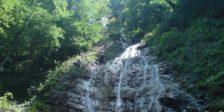 آبشار سنگ بن
