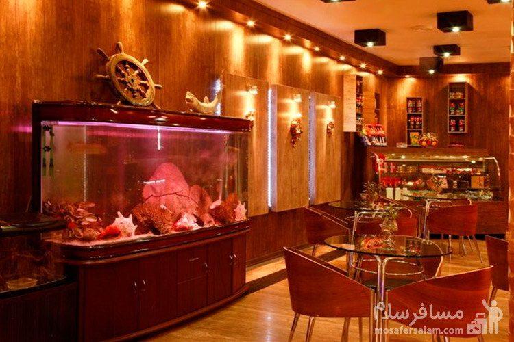 کافی شاپ هتل آپادانا مشهد