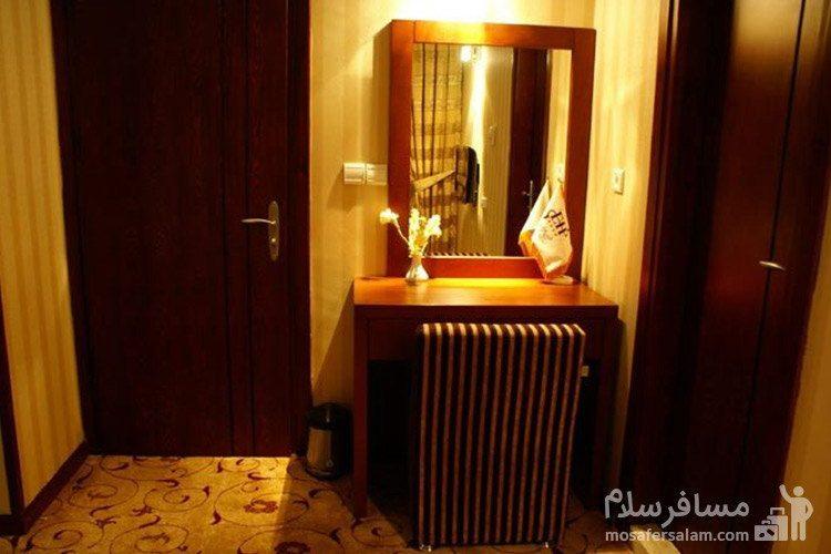 اتاق یکخوابه هتل عماد مشهد