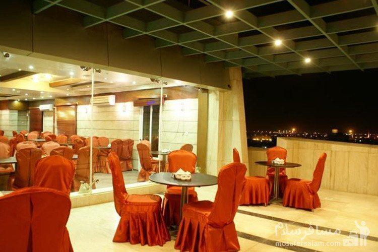 رستوران بام هتل عماد مشهد