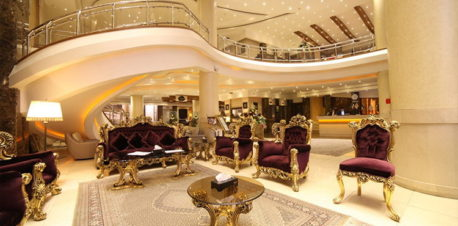 لابی خیرهکننده هتل توحید نوین مشهد
