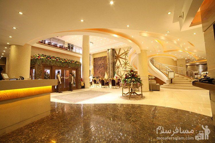 ورودی و لابی هتل توحید نوین مشهد