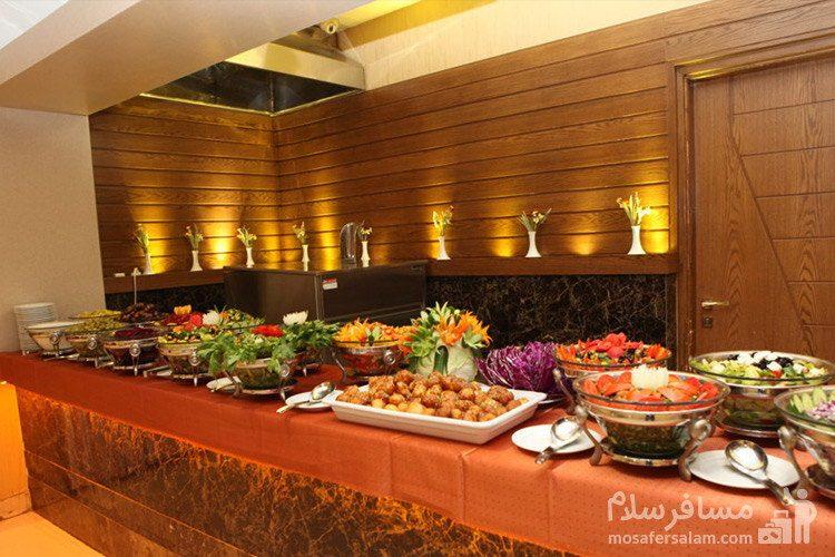 سالاد بار هتل توحید نوین مشهد