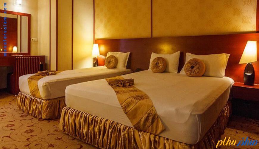 اتاق هتل عماد مشهد