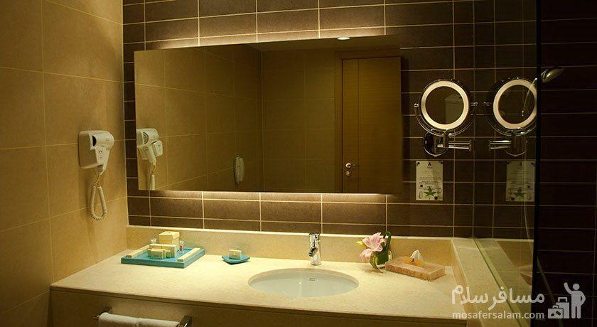 هتل پارسیان آزادی تهران سرویس بهداشتی