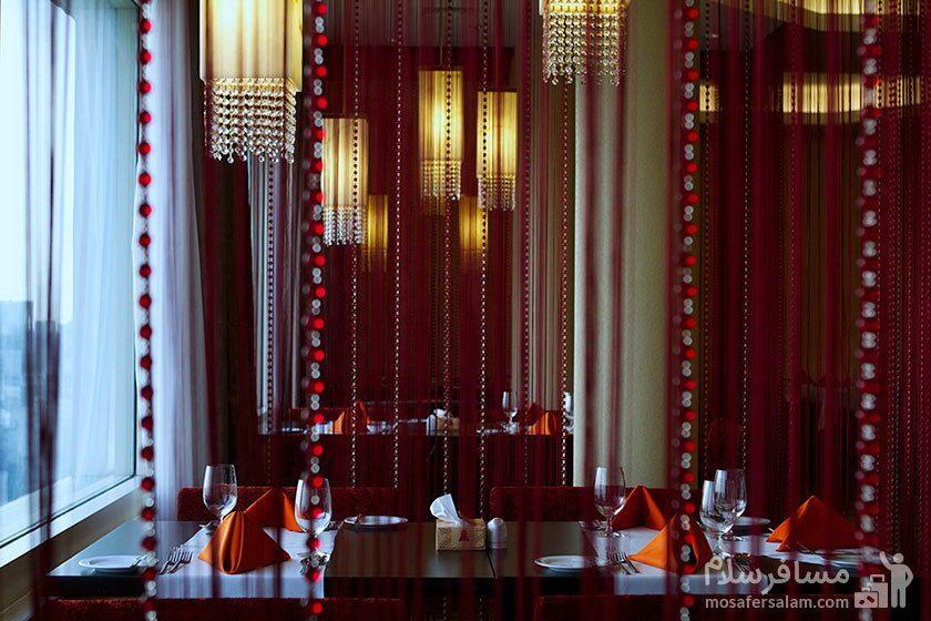 هتل پارسیان آزادی تهران رستوران