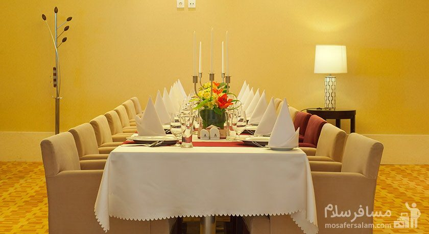 رستوران هتل آزادی تهران