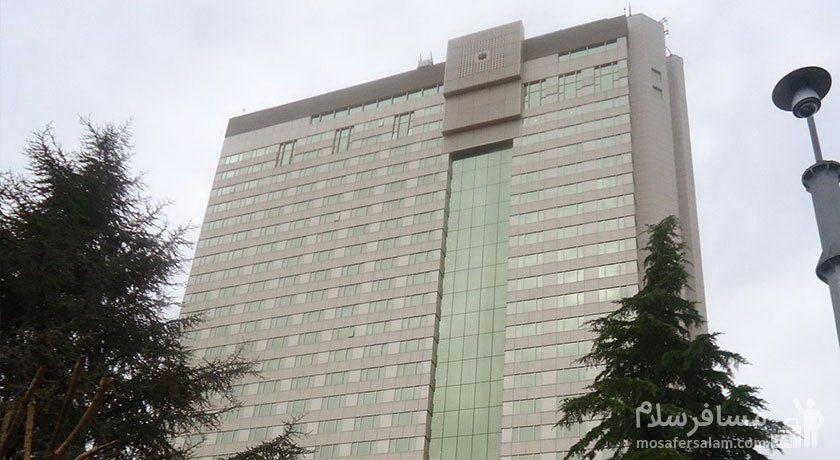 ارتفاع هتل پارسیان آزادی