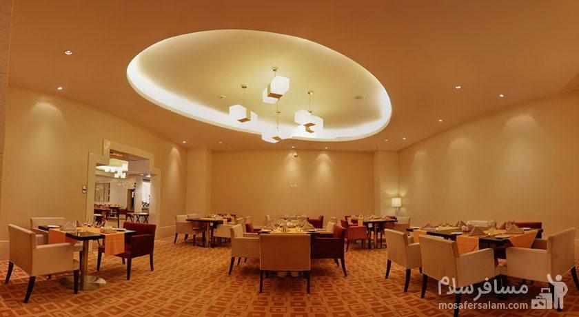 کافی شاپ هتل آزادی تهران