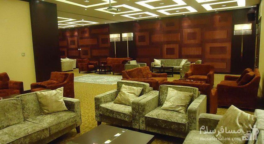 هتل پارسیان آزادی تهران کافی شاپ لابی