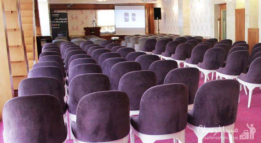 سالن کنفرانس هتل درویشی مشهد