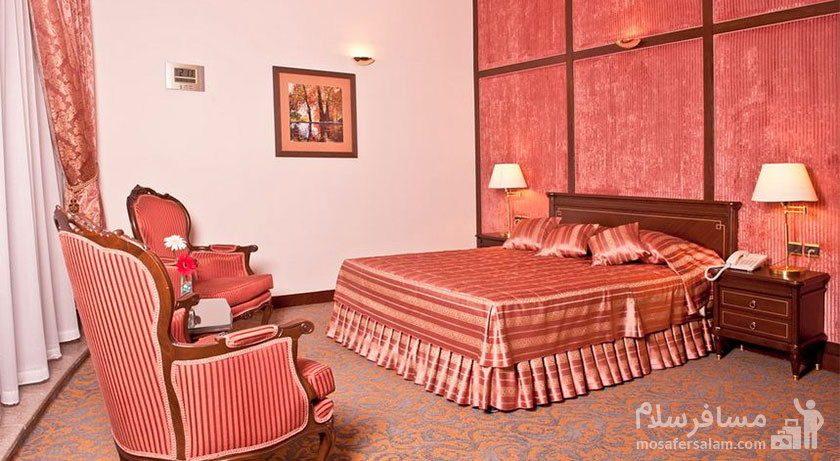 اتاق چهار نفره هتل توس مشهد