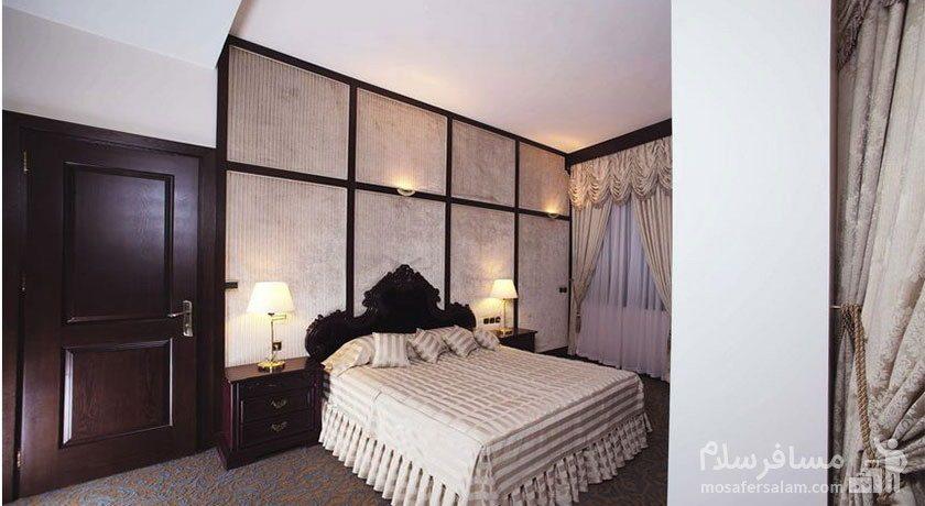 اتاق رویال هتل توس مشهد