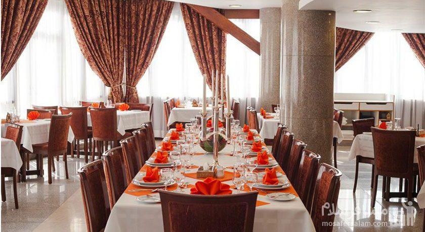غذاخوری هتل توس مشهد