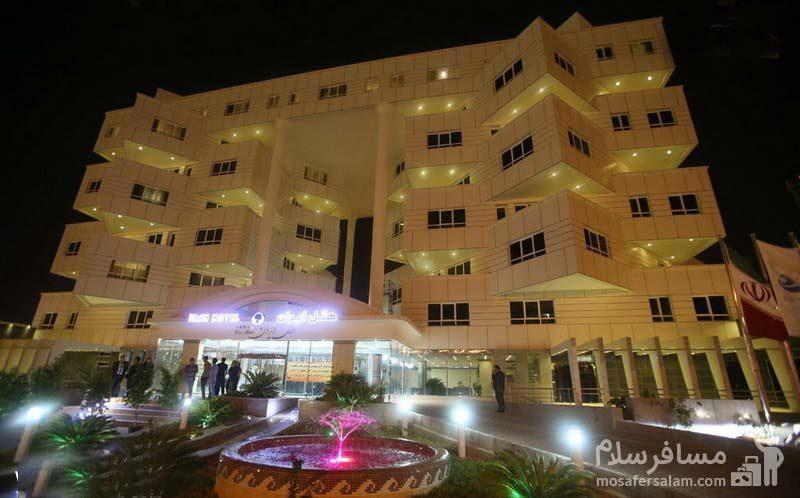 نمای کلی هتل ایران کیش