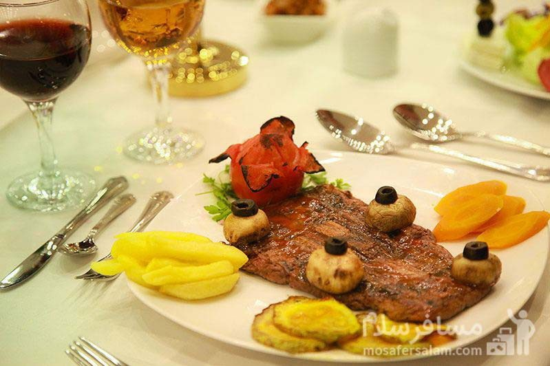 منو ناهار هتل ایران کیش