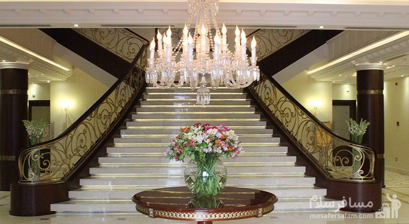هتل سورینت مریم کیش پله ورودی