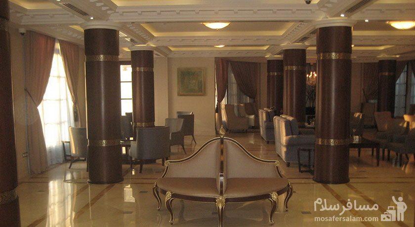 فضای لابی هتل سورینت مریم کیش