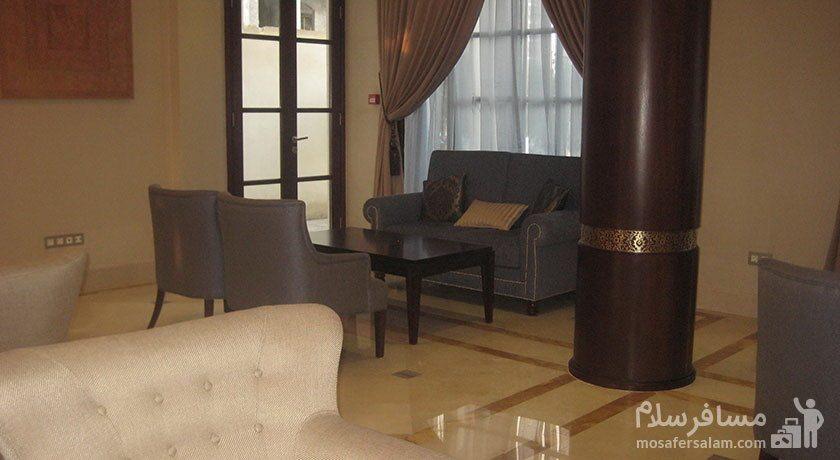 فضای نشیمن هتل سورینت مریم کیش