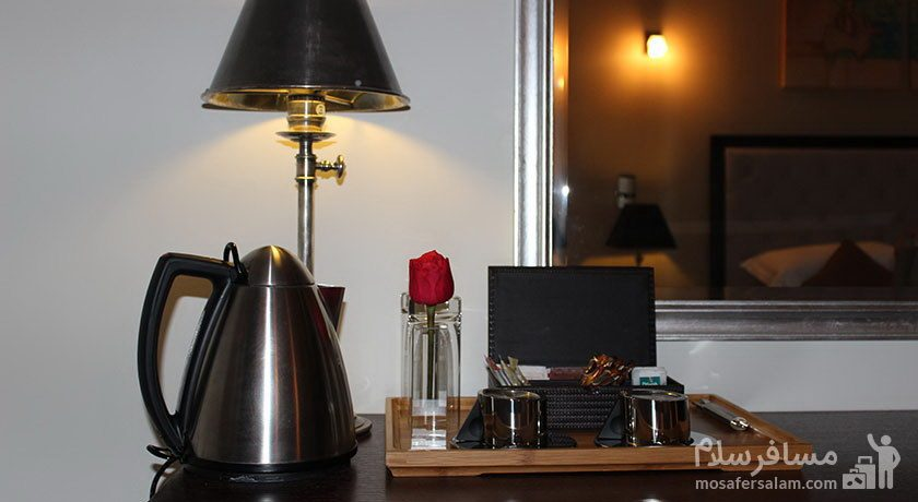 سرو چای در هتل سورینت مریم کیش