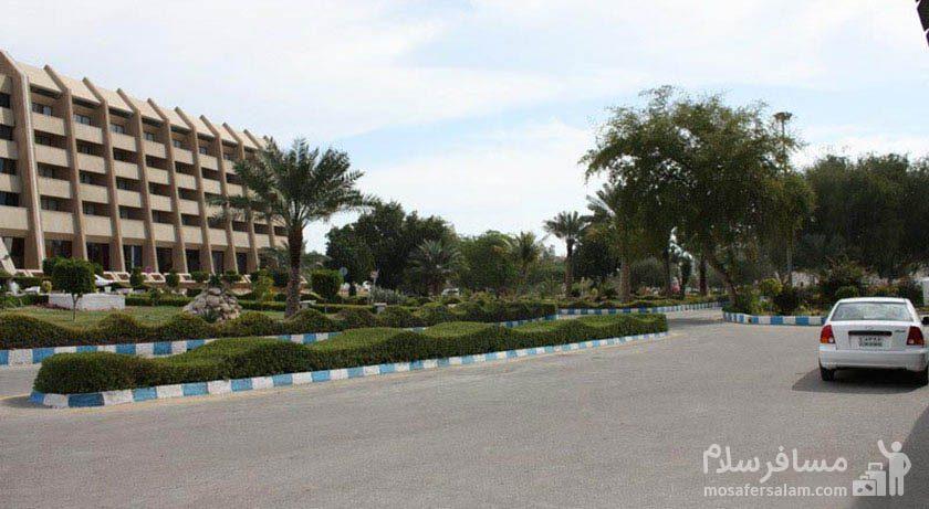 هتل شایان کیش پارکینگ