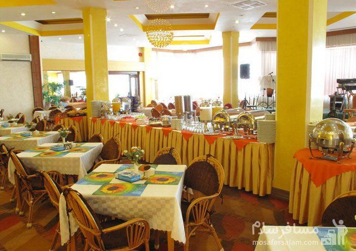 میزهای غذاخوری هتل شایگان