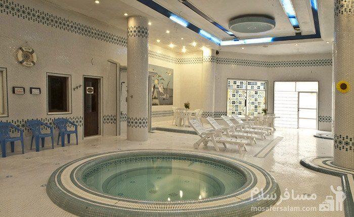 حوضچه آب سرد هتل شایگان