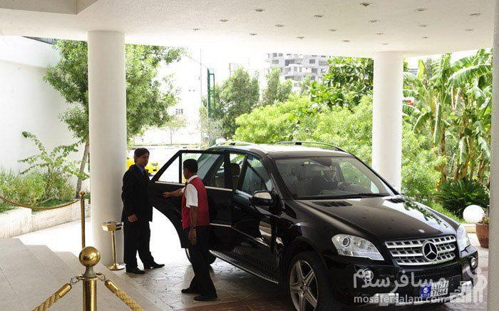 بدرقه مسافر توسط هتل شایگان کیش
