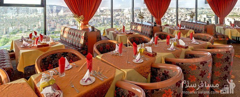 چشم اندازی از رستوران گردان هتل پارس ائل گلی