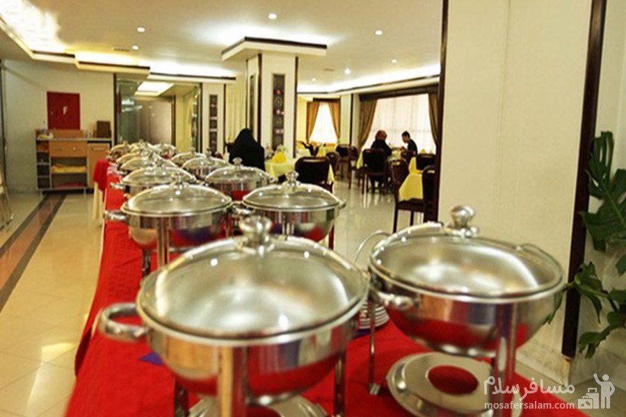 سالن غذاخوری هتل سارا مشهد
