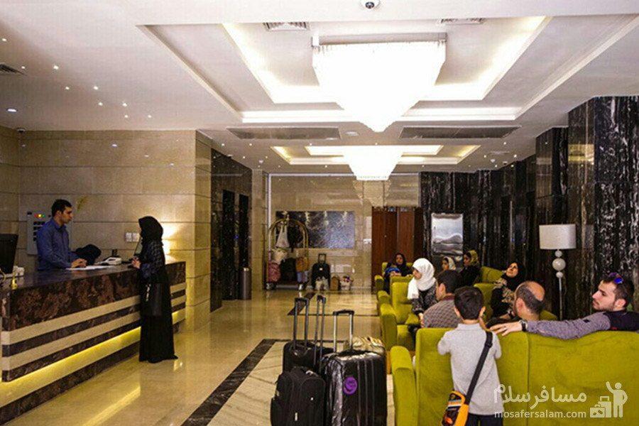 لابی هتل حیات شرق مشهد