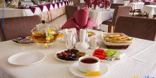 صبحانه هتل حیات شرق مشهد
