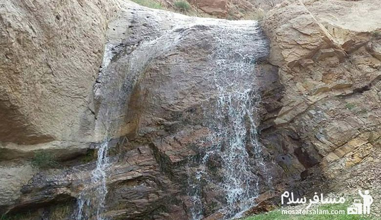 Wardidge-Village، روستای وردیج، روستای ارواح سنگی، روستای آدمک های سنگی، آبشار لت مال